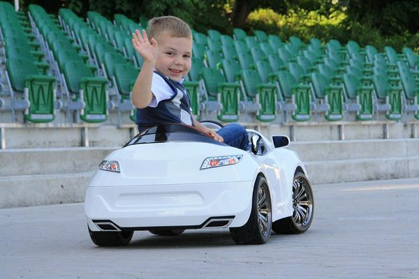 polecane pojazdy akumulatorowe dla dzieci